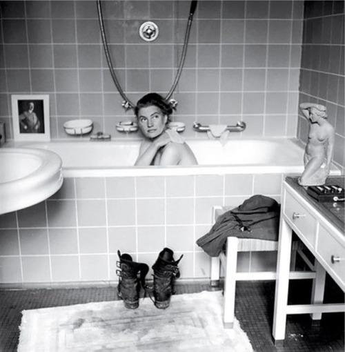 Lee Miller baignoire Hitler